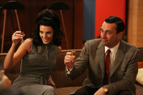 o-MAD-MEN-DRINKING-GAME-facebook (1)
