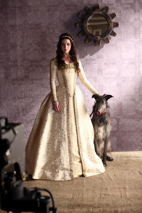 Reign-Photoshoot-reign-tv-show-34918836-1023-1535