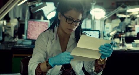 Cosima, la caution scientifique de la série