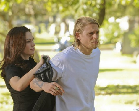 Episode-1x13-The-Revelator-sons-of-anarchy-2933951-1600-1284