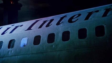 L'avion mystérieux.