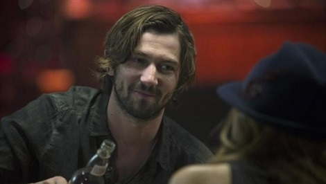Nashville-ABC-Episode-13-Therell-Be-No-Teardrops-Tonight-10-550x366
