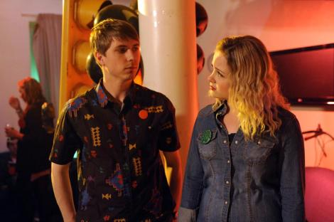 gallery_uktv-fresh-meat-series-3-episode-1-still-8