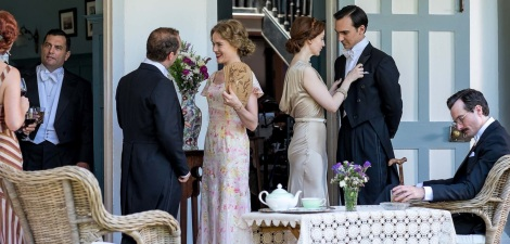 Extras - From Lady with fan l-r: Alice (Jemima West), Madeleine (Olivia Grant), Ralph (Henry Lloyd Hughes), Eugene (Edward Hogg)